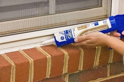 pencere kenarı boşluğu kapatma