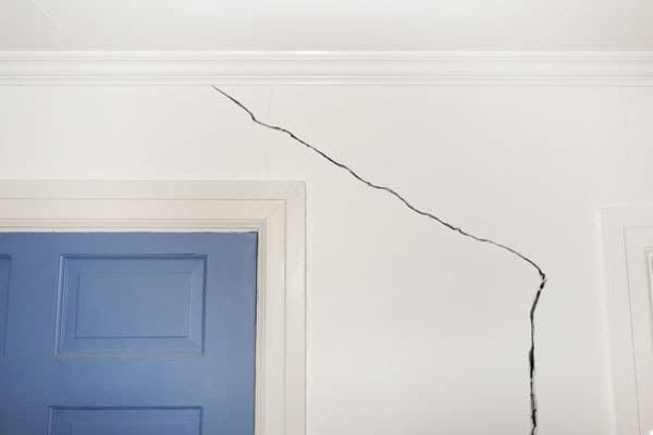 duvar boyası neden çatlar