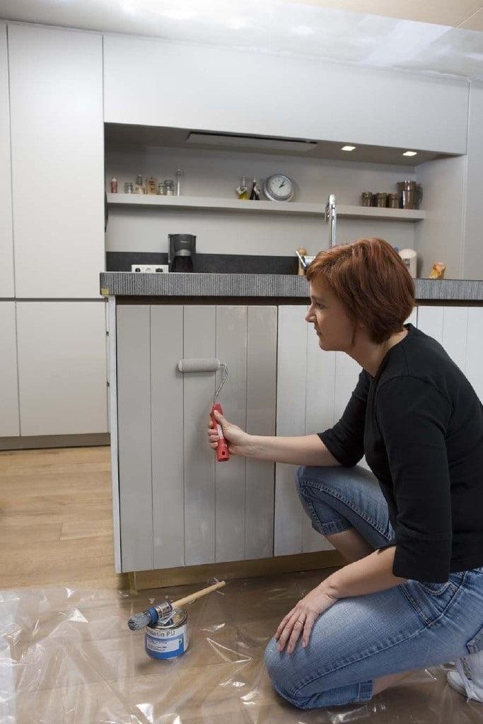 mutfak dolabı neyle boyanır