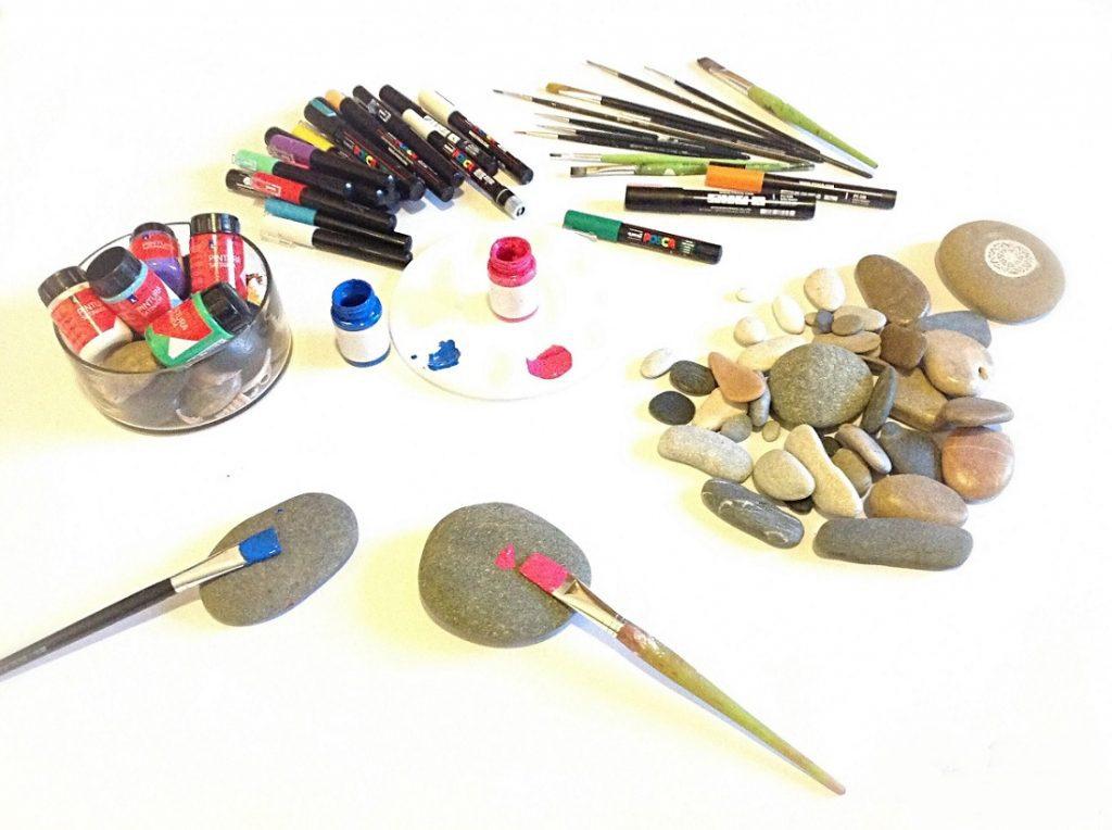 taş hangi boya ile boyanır