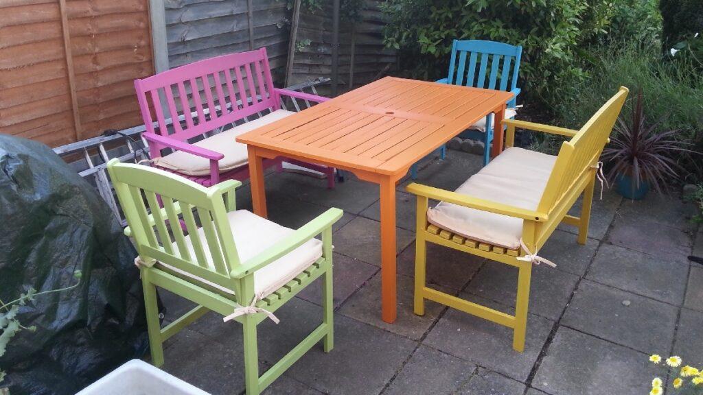 akrilik boya ile bahçe mobilyası boyanır mı